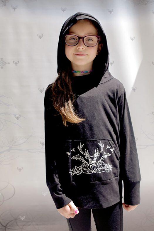 elemental hoodie chandail a capuchon pour enfant en coton pima noir avec imprime animaux
